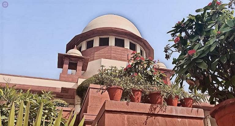 SC की आंतरिक शिकायत समिति ने वकील के क्लर्क को यौन उत्पीड़न का दोषी पाते हुए 3 महीने के लिए सुप्रीम कोर्ट परिसर से बाहर किया