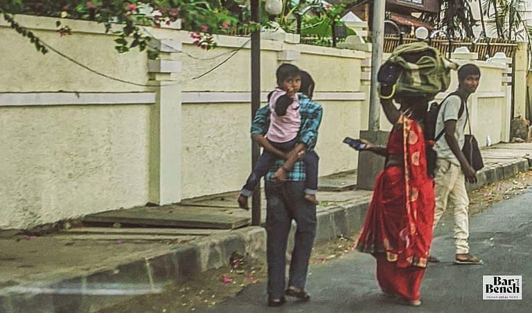 [कोविड-19] दिल्ली HC ने घर लौटने वाले प्रवासी श्रमिको के लिए मुफ्त रेल, बस परिवहन की मांग वाली याचिका मे सरकार से जवाब मांगा