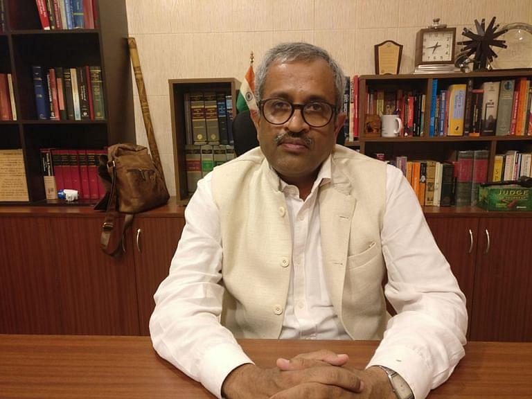 दिल्ली हाईकोर्ट ने वरिष्ठ वकील संजय हेगड़े के ट्विटर अकाउंट को सस्पेंड करने की चुनौती को 8 जुलाई को सूचीबद्ध किया