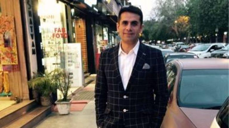 [ब्रेकिंग] ऑक्सीजन कंसंटेटर कालाबाजारी मामले में दिल्ली की अदालत ने कारोबारी नवनीत कालरा को न्यायिक हिरासत में भेजा