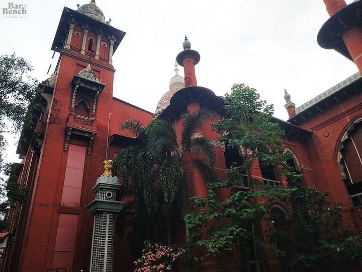 शिकायतकर्ता, आरोपी द्वारा एक दूसरे से शादी करने की इच्छा व्यक्त करने के बाद मद्रास हाईकोर्ट ने यौन शोषण के आरोपी को जमानत दी
