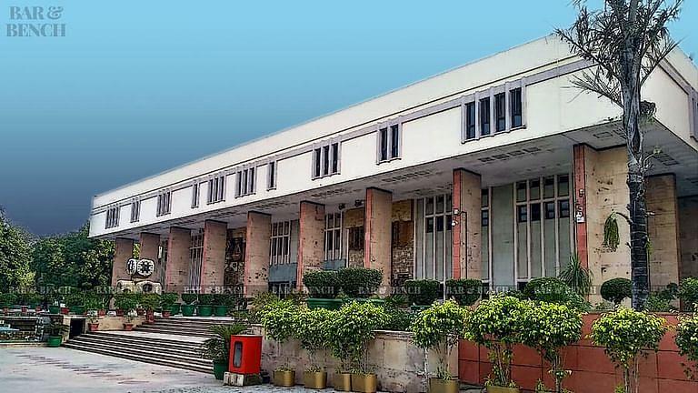 [राकेश अस्थाना मामला] दिल्ली उच्च न्यायालय ने याचिकाकर्ता से कहा: आपको याचिका की 90 प्रतिशत कॉपी नहीं करना चाहिए