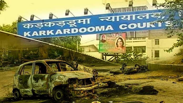 दिल्ली दंगा मामला: दिल्ली कोर्ट ने आरोपियों की आस्था के आधार पर सुनवाई अलग करने का आदेश दिया