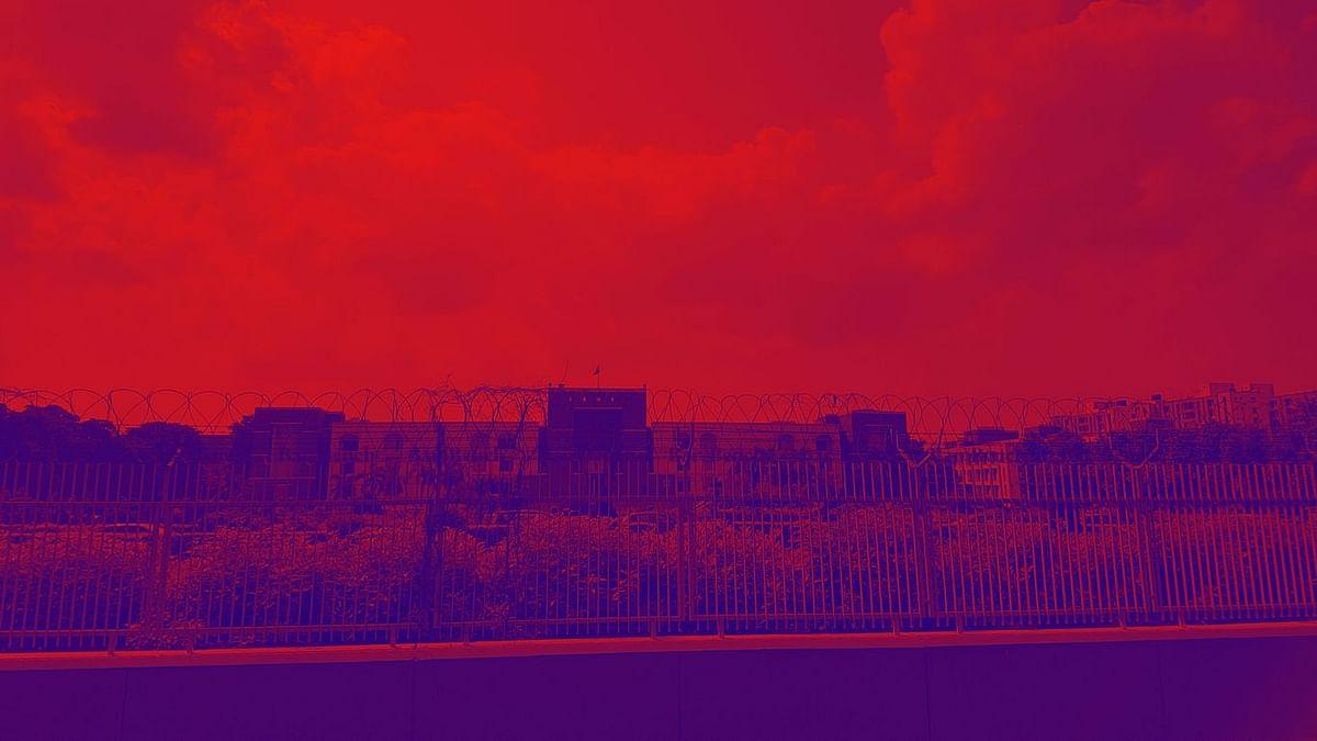 ವಿದ್ಯಾರ್ಥಿನಿಯರನ್ನು ವಿವಸ್ತ್ರಗೊಳಿಸಿದ ಪ್ರಕರಣ: ರಾಜಿ ಹಿನ್ನೆಲೆಯಲ್ಲಿ ಎಫ್ಐಆರ್ ವಜಾಗೊಳಿಸಿದ ಗುಜರಾತ್ ಹೈಕೋರ್ಟ್