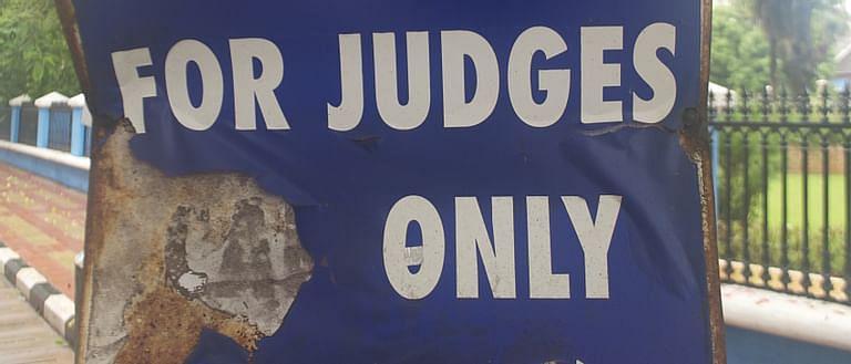 ನ್ಯಾಯಾಂಗ ಸ್ವಾತಂತ್ರ್ಯ ಸಂವಿಧಾನದ ಭಾಗ: ನ್ಯಾಯಾಂಗ ಅಧಿಕಾರಿ ವಿರುದ್ಧದ ಖಾಸಗಿ ದೂರು ರದ್ದುಪಡಿಸಿದ ಕರ್ನಾಟಕ ಹೈಕೋರ್ಟ್