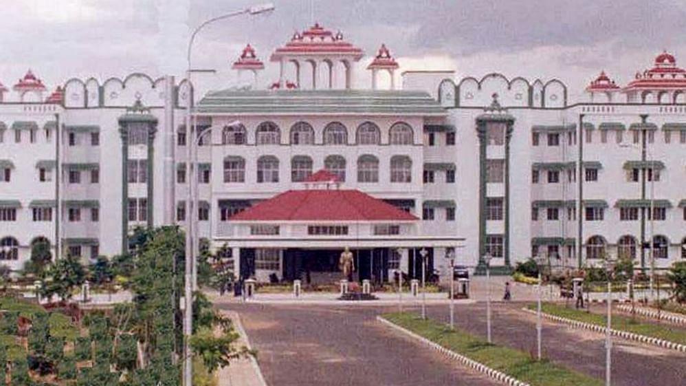 Madras High Court, land grabbing