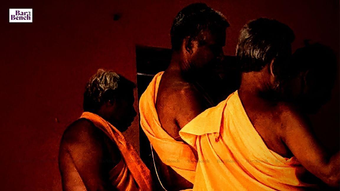 [ಶಿರೂರು ಮಠದ ಪ್ರಕರಣ] ತಾನು ಮಾಡುತ್ತಿರುವುದರ ಪರಿಣಾಮ ಏನೆಂಬುದು ಅಪ್ರಾಪ್ತ ಬಾಲಕನಿಗೆ ಅರ್ಥವಾಗದಿರಬಹುದು: ಹೈಕೋರ್ಟ್