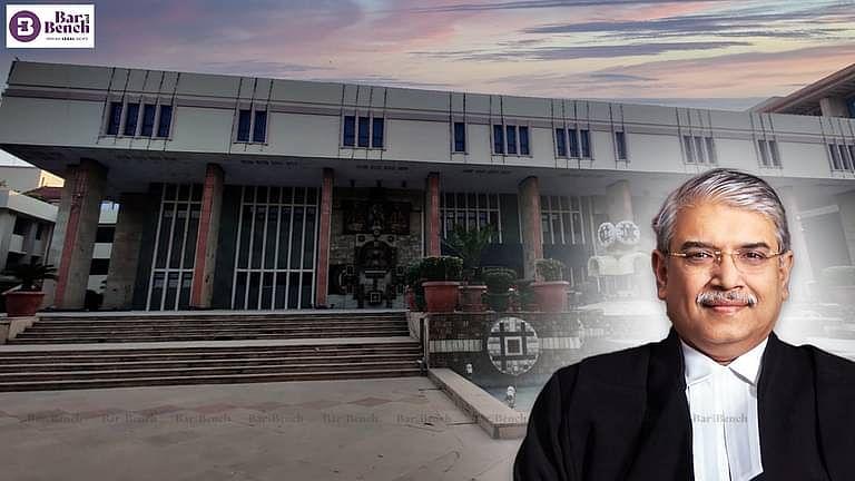 Justice Subramonium Prasad with Delhi HC