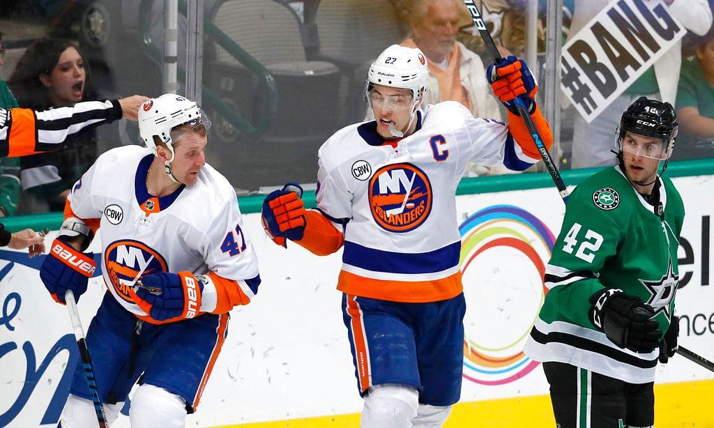 NHL Saturday: Islanders at Maple Leafs, 7 p.m.