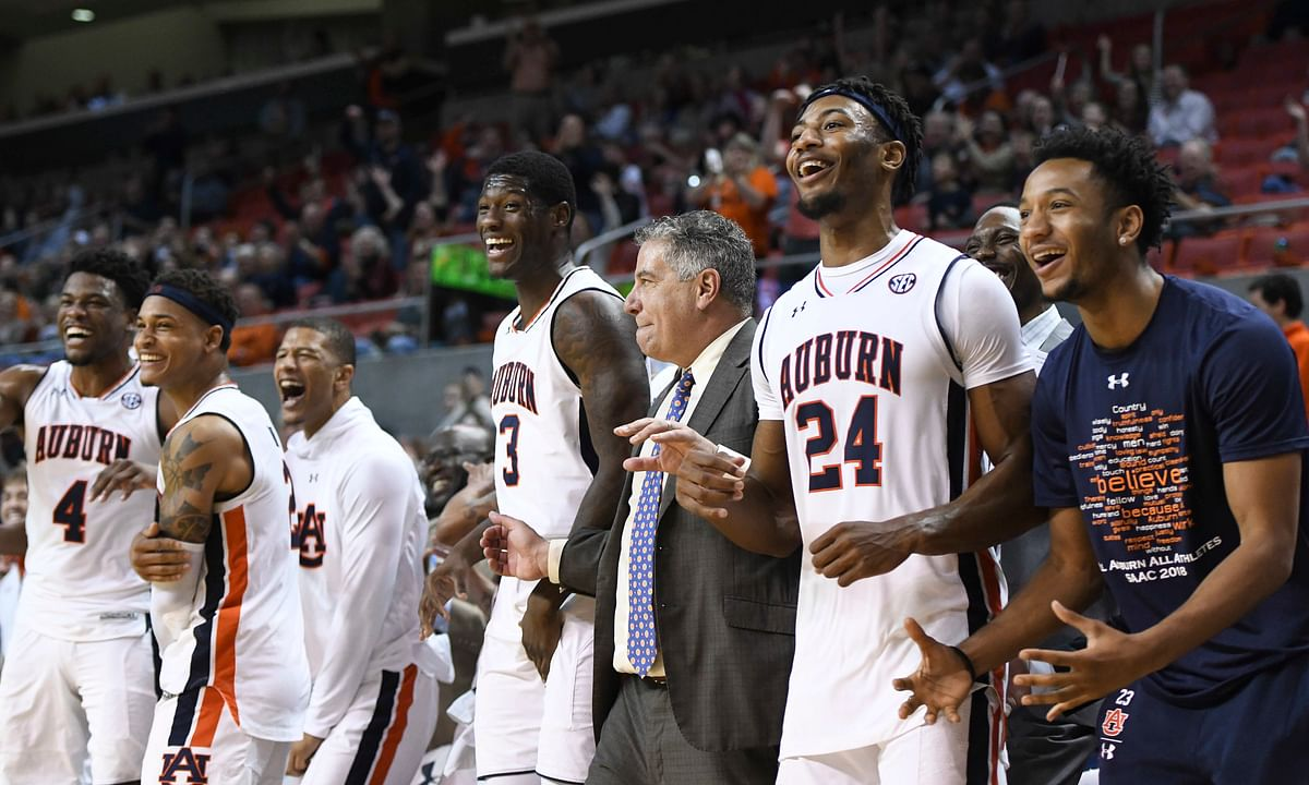 NCAAB: New college hoops handicapper likes two Saturday day games