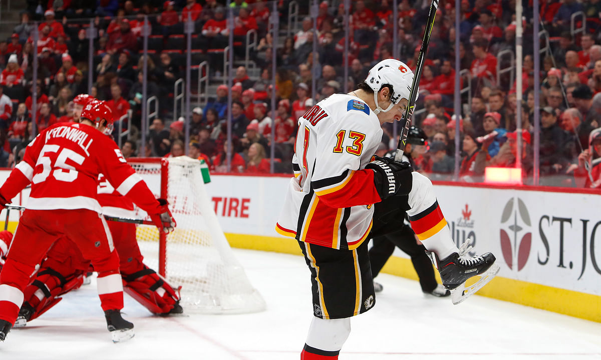 NHL: We like Flames to burn bright and Isles to walk over Blues