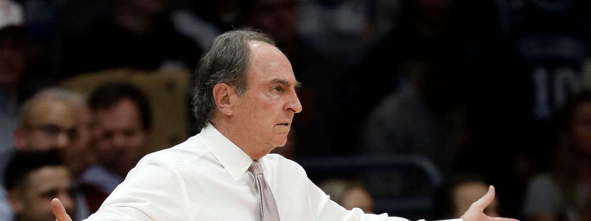 Temple head coach Fran Dunphy reacts to a call during the first half of an NCAA college basketball game against Villanova, Wednesday, Dec. 5, 2018, in Villanova, Pa. (AP Photo/Matt Slocum)
