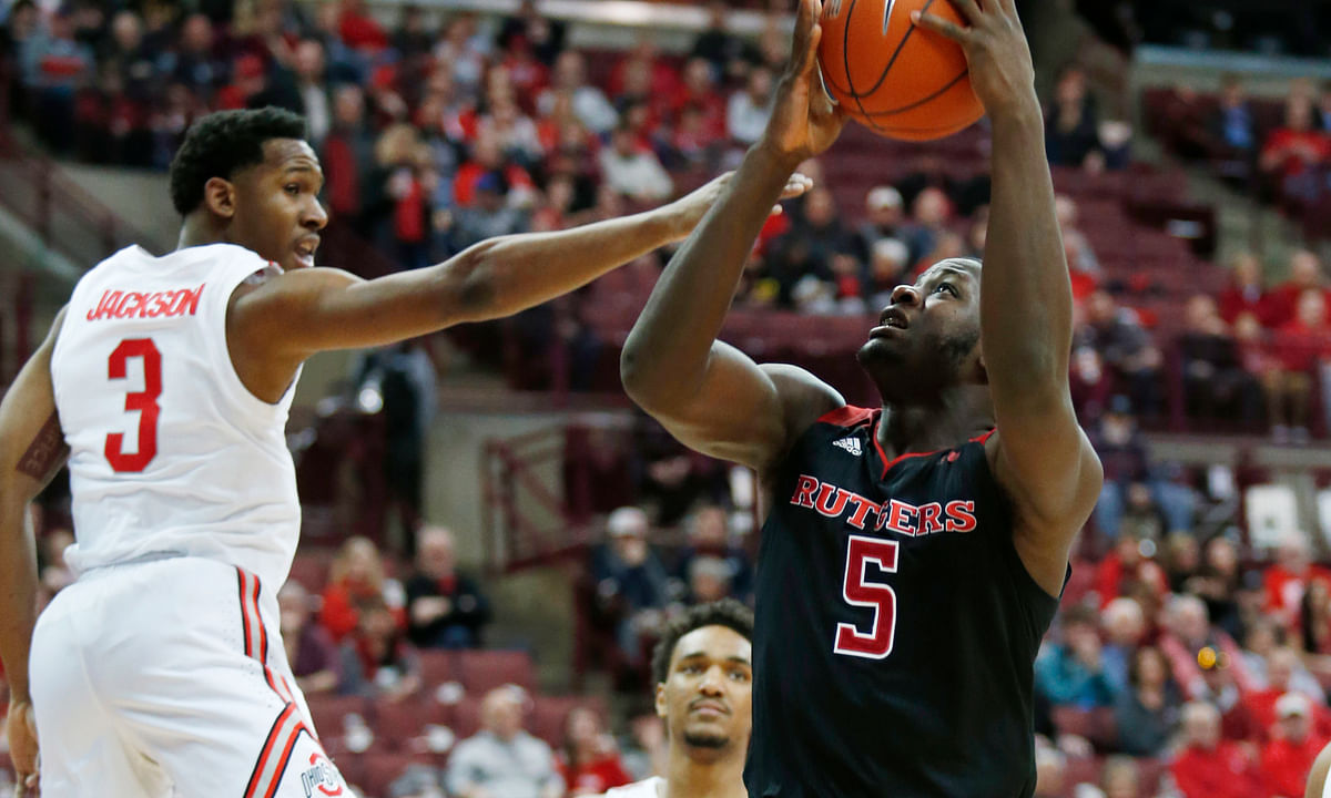 NCAAB: Eckel picks a pick and a pass