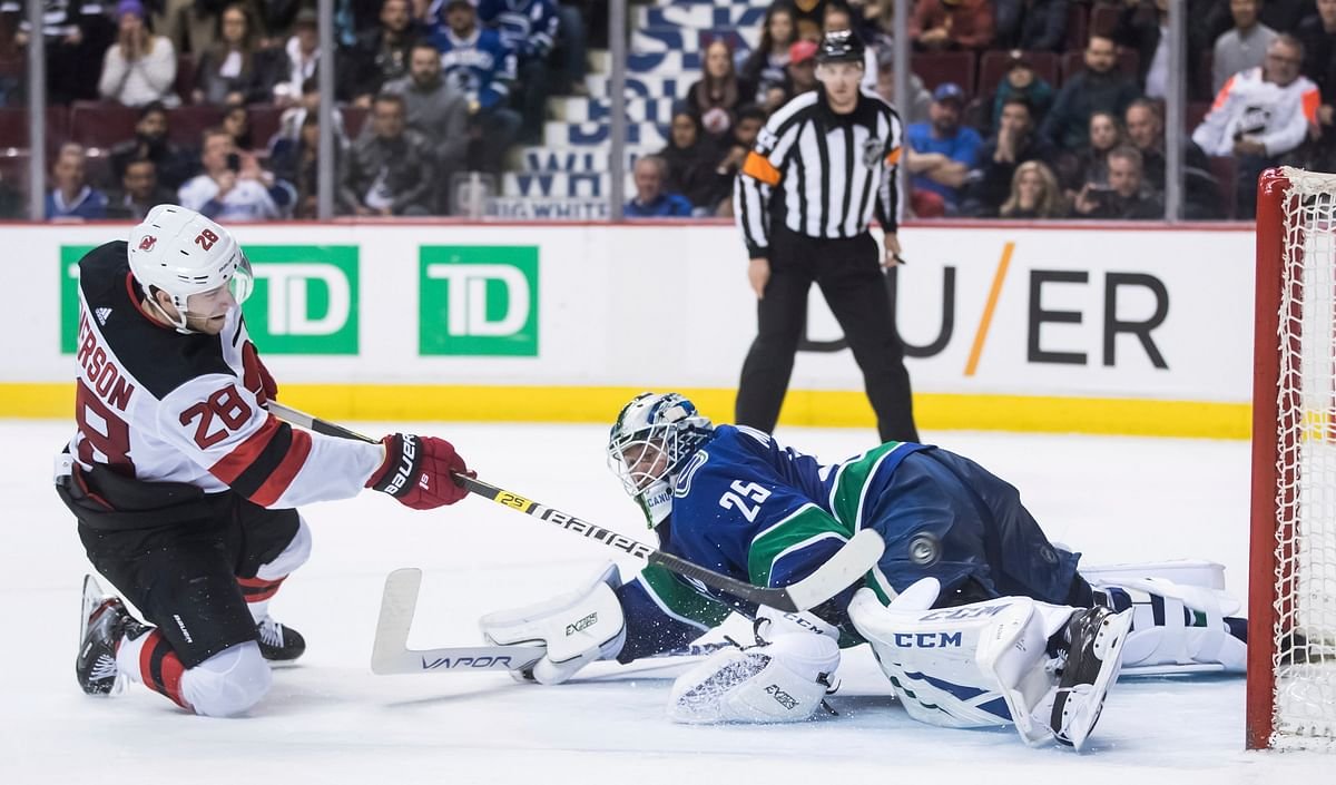 NHL Sunday: Devils Heading into a Storm