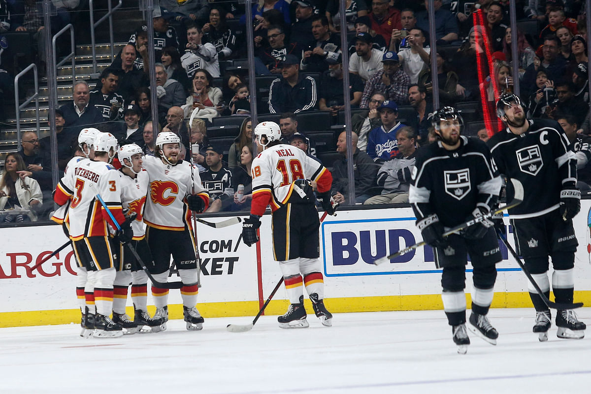 NHL Tuesday: Penguins chasing second place, Lighting chasing a record, Kings chasing goals