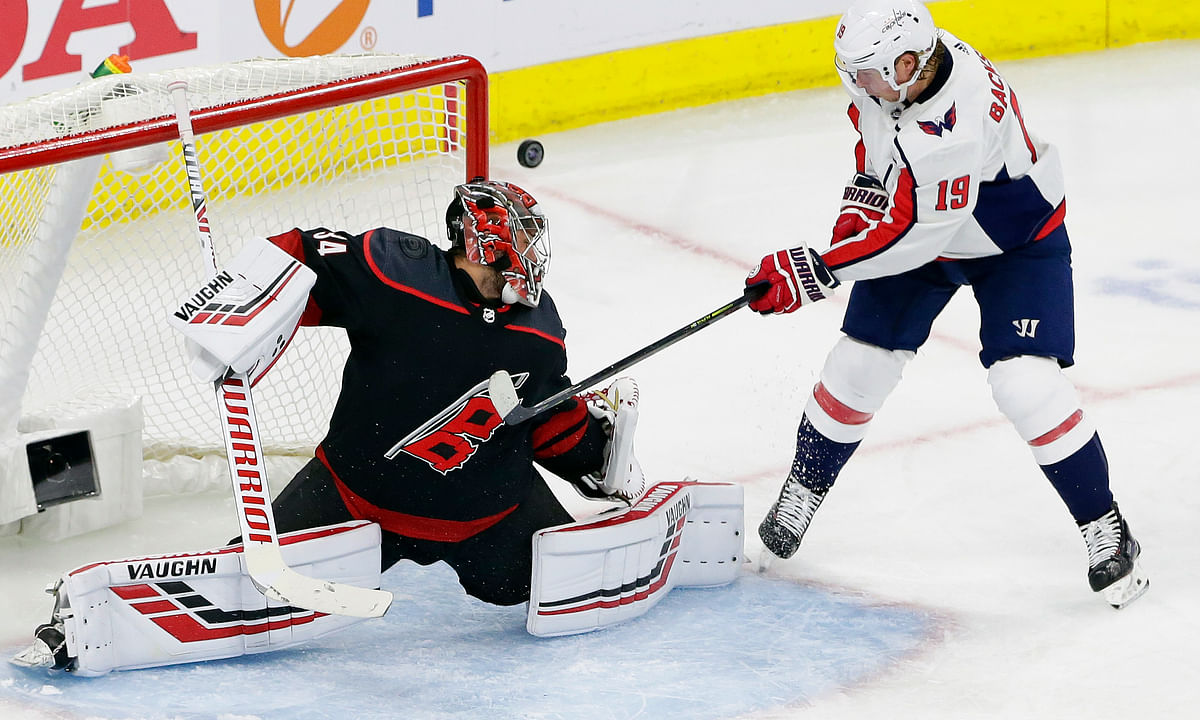 NHL Playoffs: Rocked by Hurricanes, Caps look to bounce back - Dietel picks Capitals v Hurricanes, Golden Knights v Sharks, & Blues v Jets