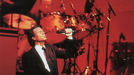 Julio Iglesias, Toby Keith, Jerry Seinfeld, Jim Norton and Kathleen Madigan headed to Atlantic City