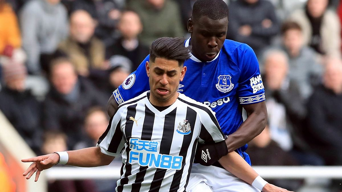 Soccer: Miller sees money when viewing Arsenal vs. Newcastle United