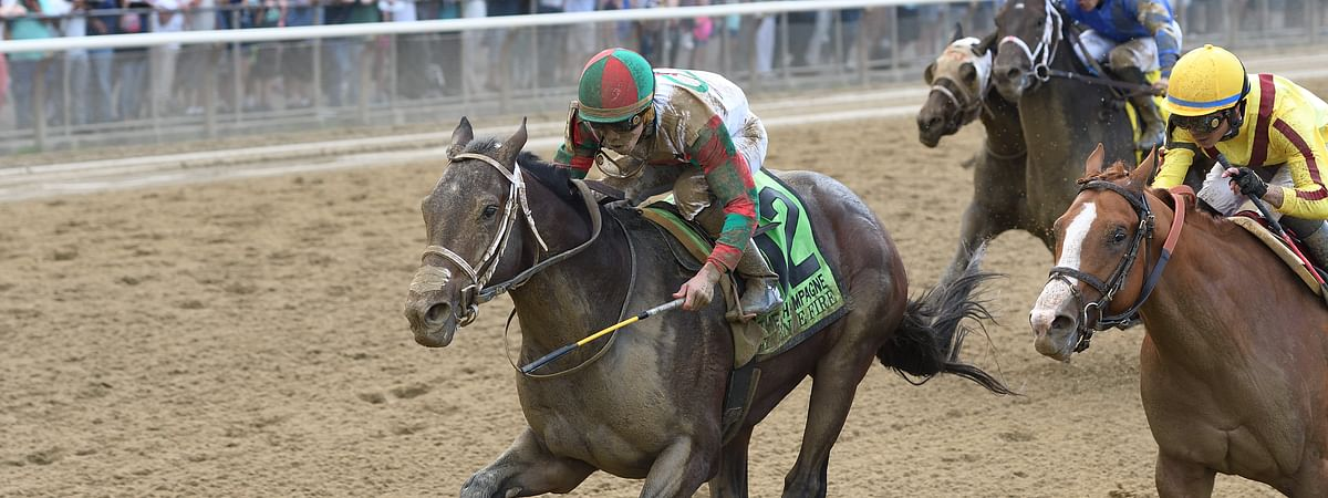 Firenze Fire wins the Champagne Stakes in October 2017.