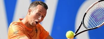 Philipp Kohlschreiber beat Karen Khachanov in Munich to advance to the 3rd round.