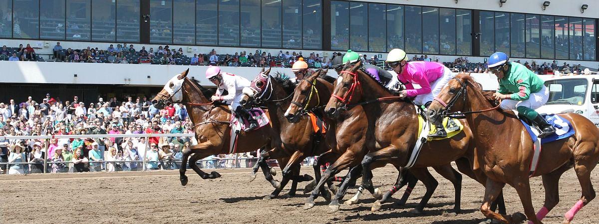 Racing at Canterbury Park