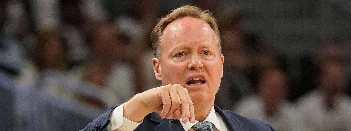 Bucks head coach Mike Budenholzer reacts during Game 1 on May 15 (Morry Gash)