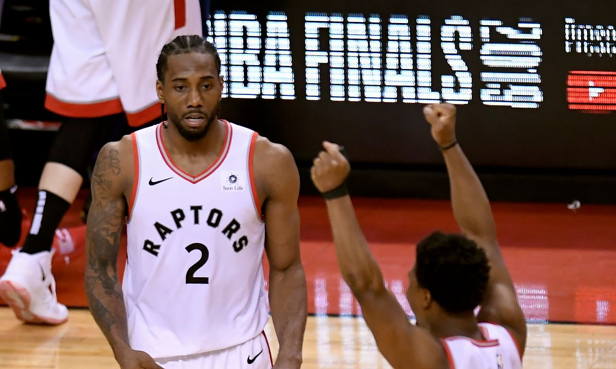 Raptor-ous! Down 15, Toronto claws past Bucks to win NBA Eastern Finals, 100-94. Kawhi Leonard, Pascal Siakam, Kyle Lowry, bench star