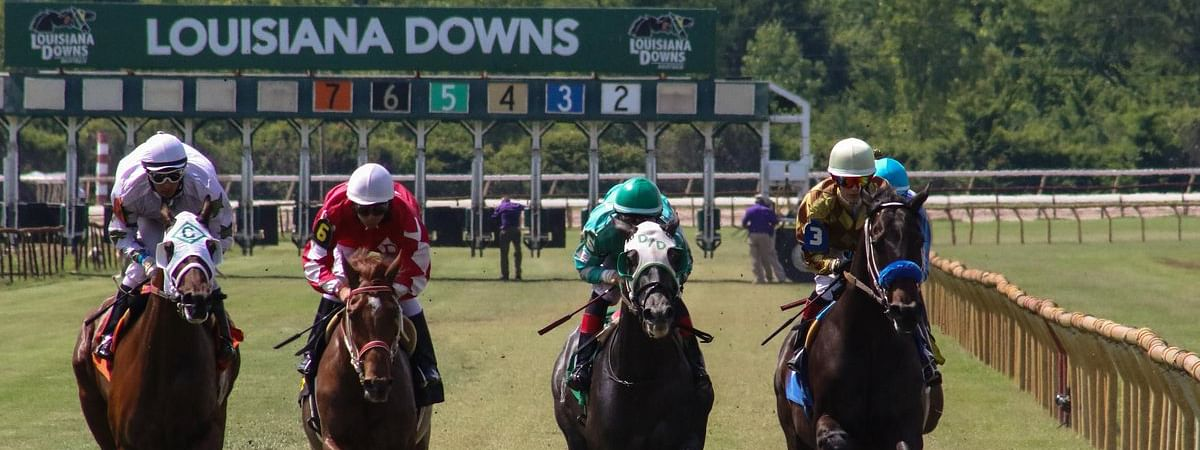 Racing at Louisiana Downs.