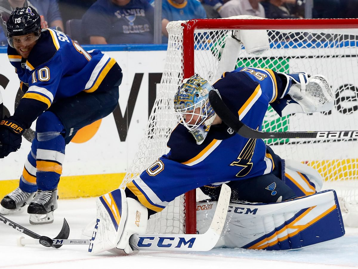 NHL Saturday: Dietel on Blues v Sharks, Binnington