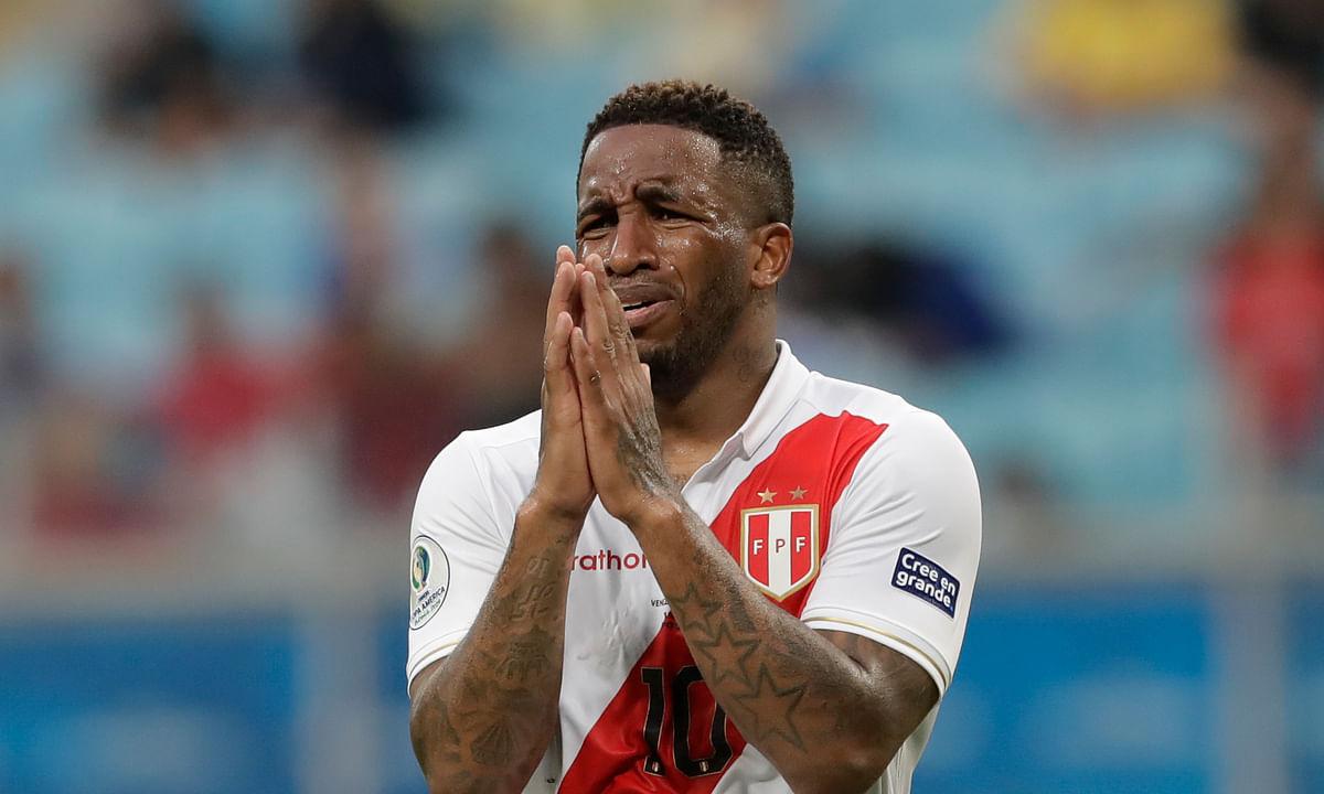 Peru and Venezuela tie 0-0 at Copa America - Venezuela played final 15+ minutes with 10 men