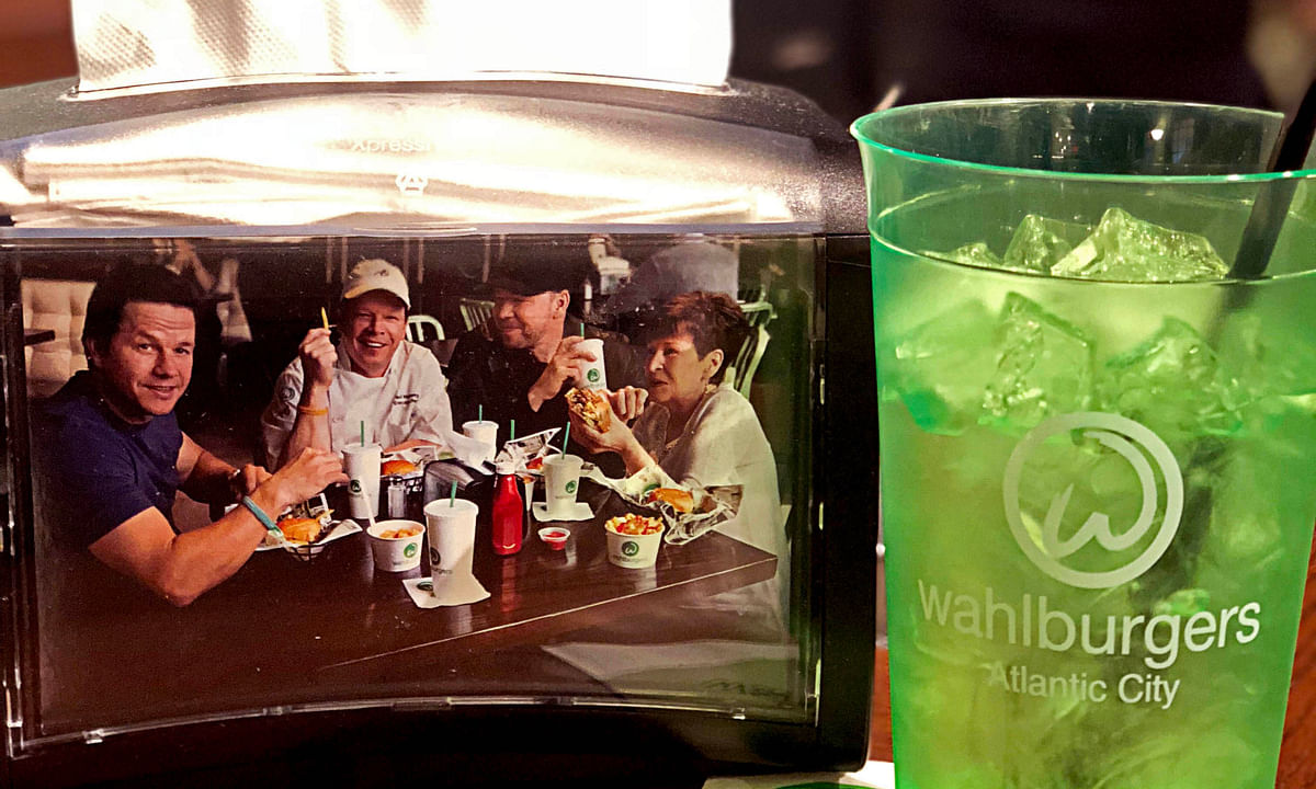 Mark Wahlberg due in Atlantic City Friday for grand opening of Wahlburgers at Ocean Casino Resort