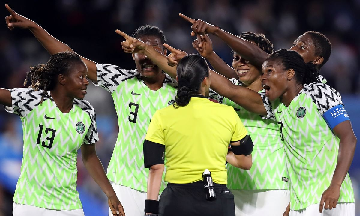 Home team France tops Nigeria 1-0, on penalty kick do-over, to advance at Women's World Cup; Nigeria waits