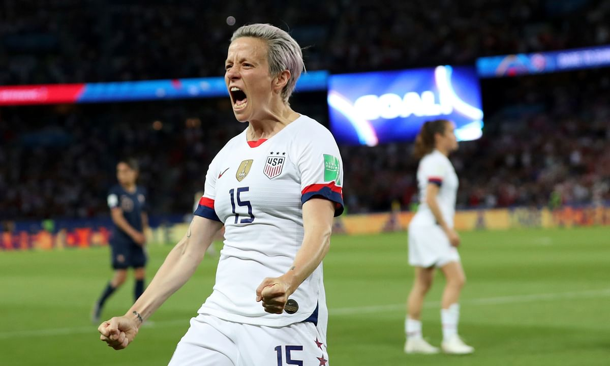 Megan Rapinoe scores 2 goals as U.S. knocks France out 2-1 at Women's World Cup, advance to semifinals