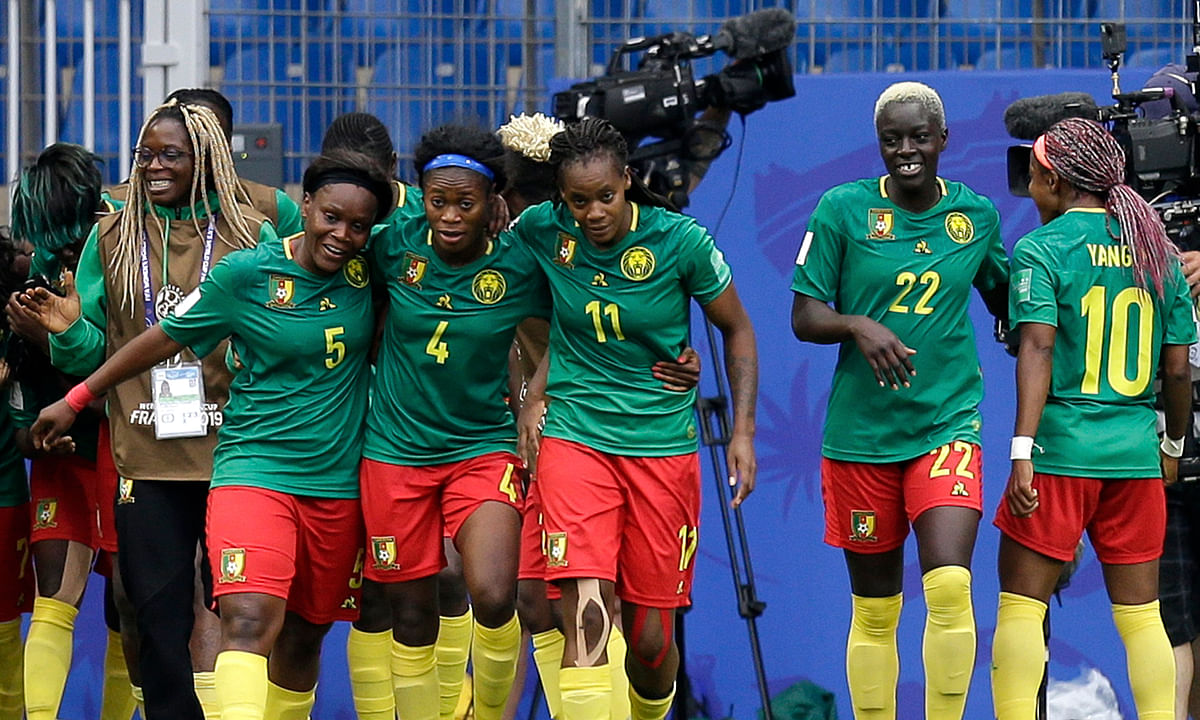 Nchout Njoya scores both goals as Cameroon beats New Zealand 2-1 to advance to Women's World Cup Round of 16