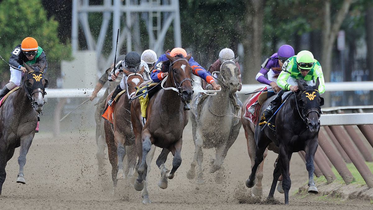 Bet the horses at Saratoga! RT picks the 8th and 9th races with the help of SmartCap and Equibase