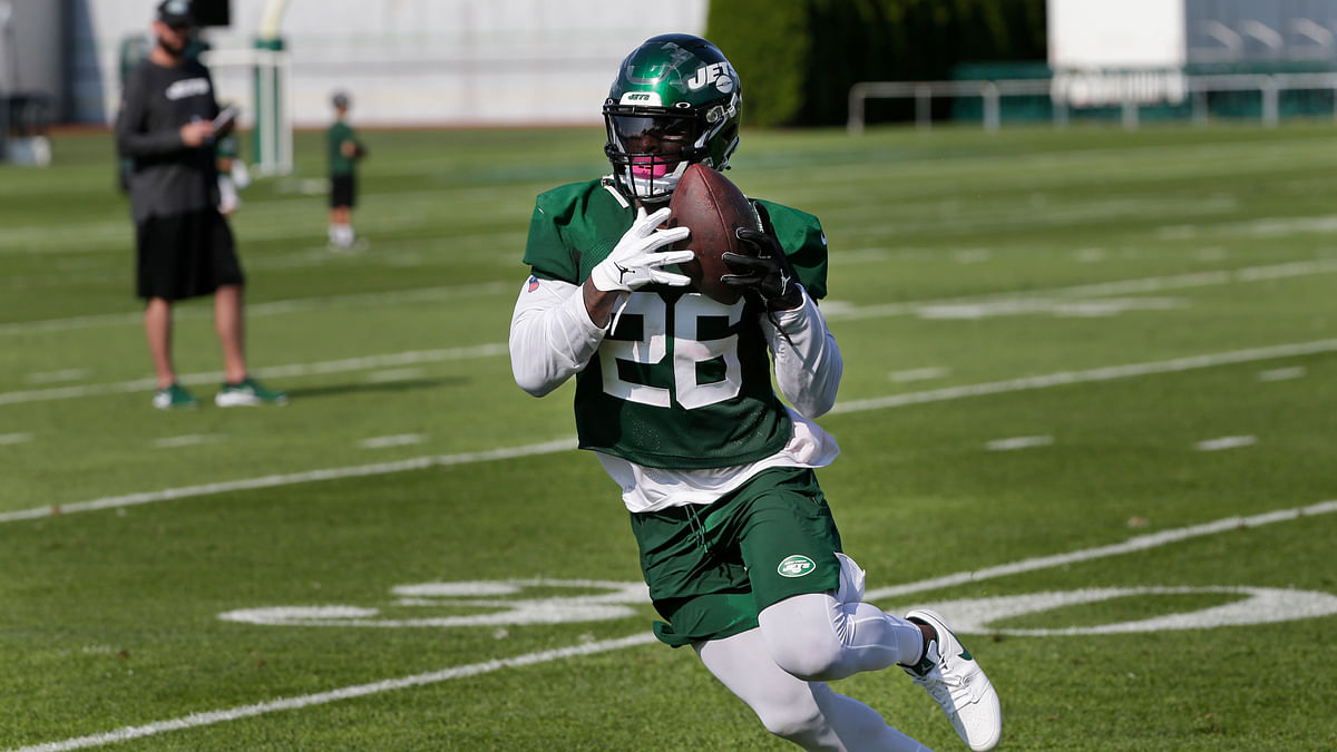 Jets' Le'Veon Bell apologizes to fantasy football owners, promises big season