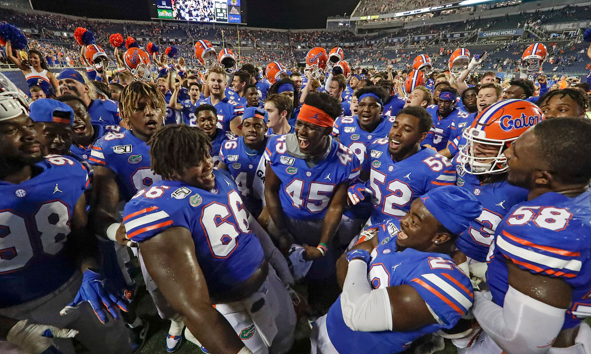 NCAAF: No. 8 Florida beats Miami 24-20  in opener thanks to their defense