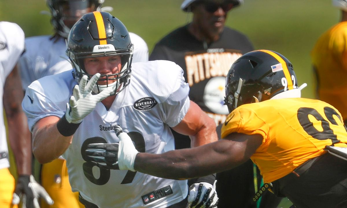 Steelers tight end Vance McDonald sees positive changes in drama-free team, confident Roethlisberger