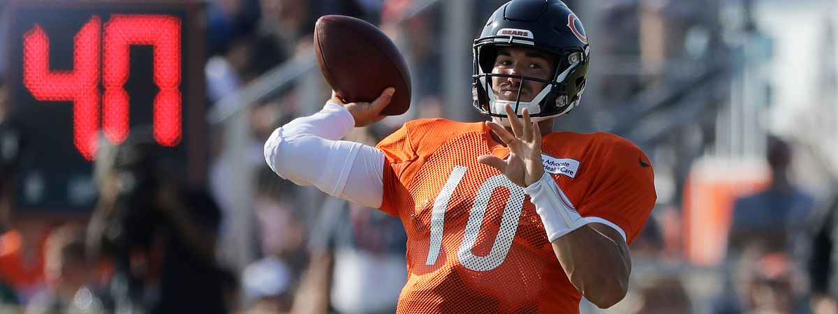 Chicago Bears quarterback Mitchell Trubisky throws a ball during an NFL football training camp in Bourbonnais, Ill., Sunday, July 28, 2019.