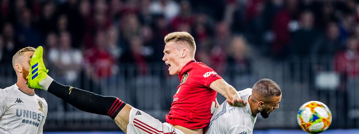 Scott McTominay, left, of Manchester United will be a key factor for the team if it's too improve its Premier League play. (Tony McDonough/AAP Image via AP)