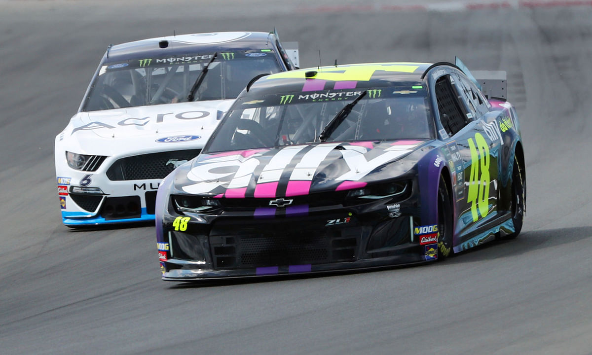 NASCAR: Eckel and friends pick Go Bowling at The Glen at Watkins Glen International where Kyle Busch and Martin Truex Jr. are the favorites