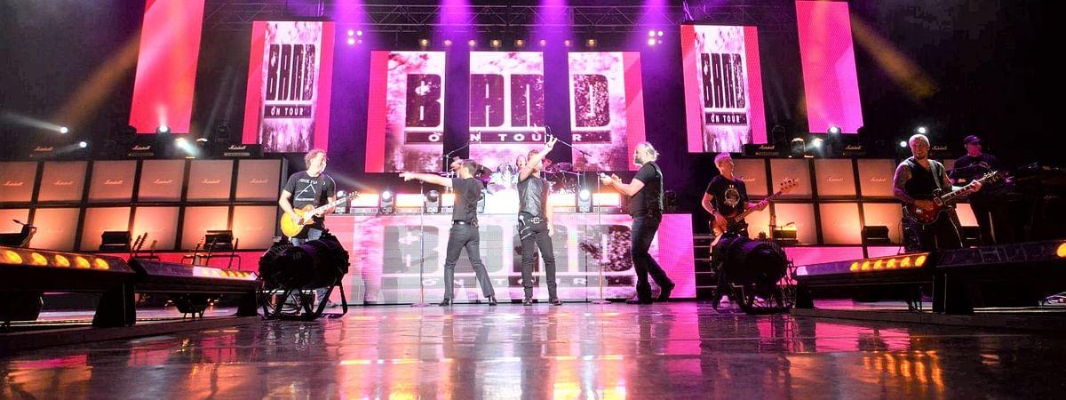 Band on Tour on Tour