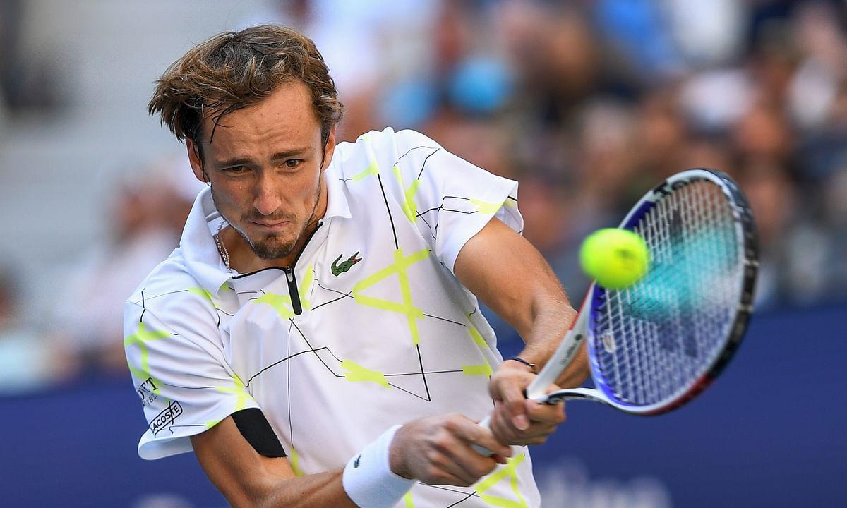 US Open 2019: Daniil Medvedev grinds out win over Stan Wawrinka to claim 1st career Grand Slam semifinal berth