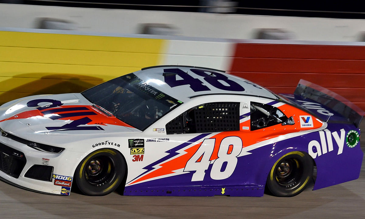 Jimmie Johnson races during the Southern 500 on Sept. 1 (Richard Shiro)
