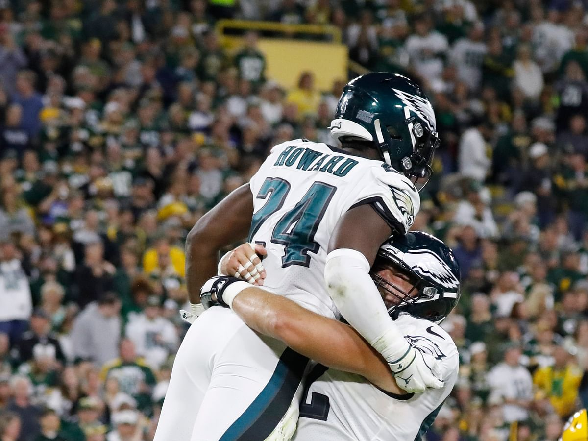 NFL: Eagles players, including Fletcher Cox, Dallas Goedert and Jason Kelce, rate their fans who've gone viral