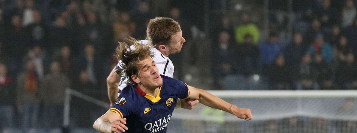 Roma's Nicolo Zaniolo, foreground, shown during a Europa League group J soccer match between Wolfsberger AC and Roma, has been added to team Italy for today's match against Greece. (AP Photo/Ronald Zak)