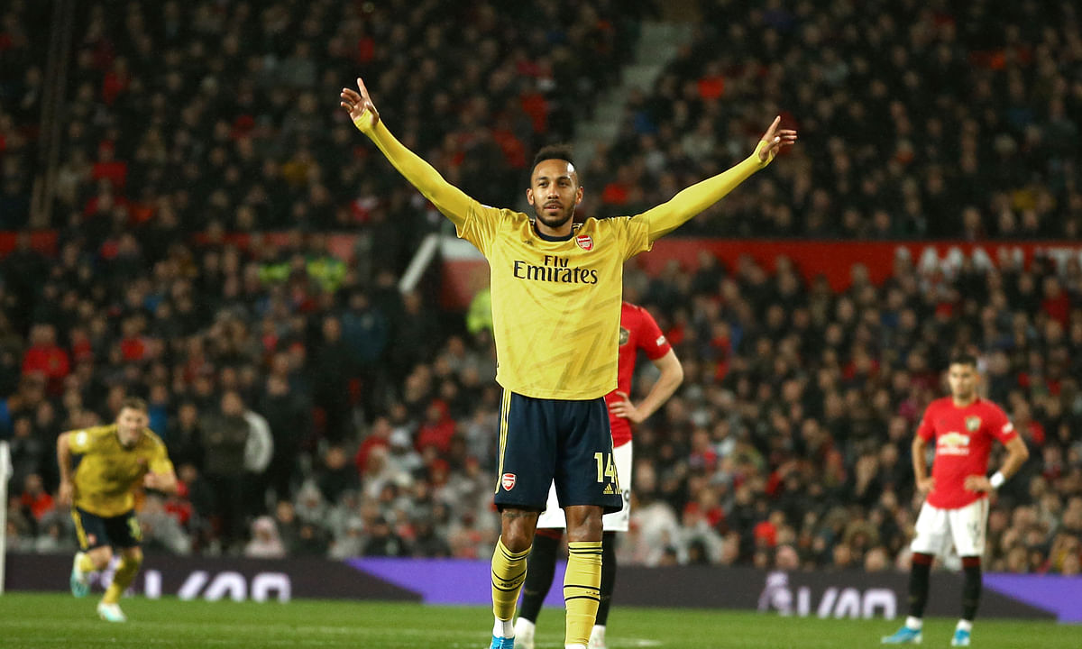 Soccer Thursday part 2: Miller picks Arsenal v Standard Liège, Rosenborg v PSV, Lugano v Dynamo Kyiv, Sevilla v APOEL, Lazio v Rennes, more