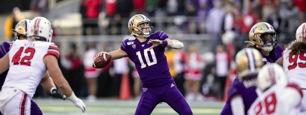 Washington quarterback Jacob Eason (10) passes the ball during the first half of an NCAA college football game against Utah, Saturday, Nov. 2, 2019, in Seattle.
