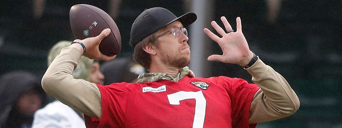 Jaguars QB Nick Foles throws during a NFL training session of the Jacksonville Jaguars at the at Allianz Park in London, Friday, Nov. 1, 2019.