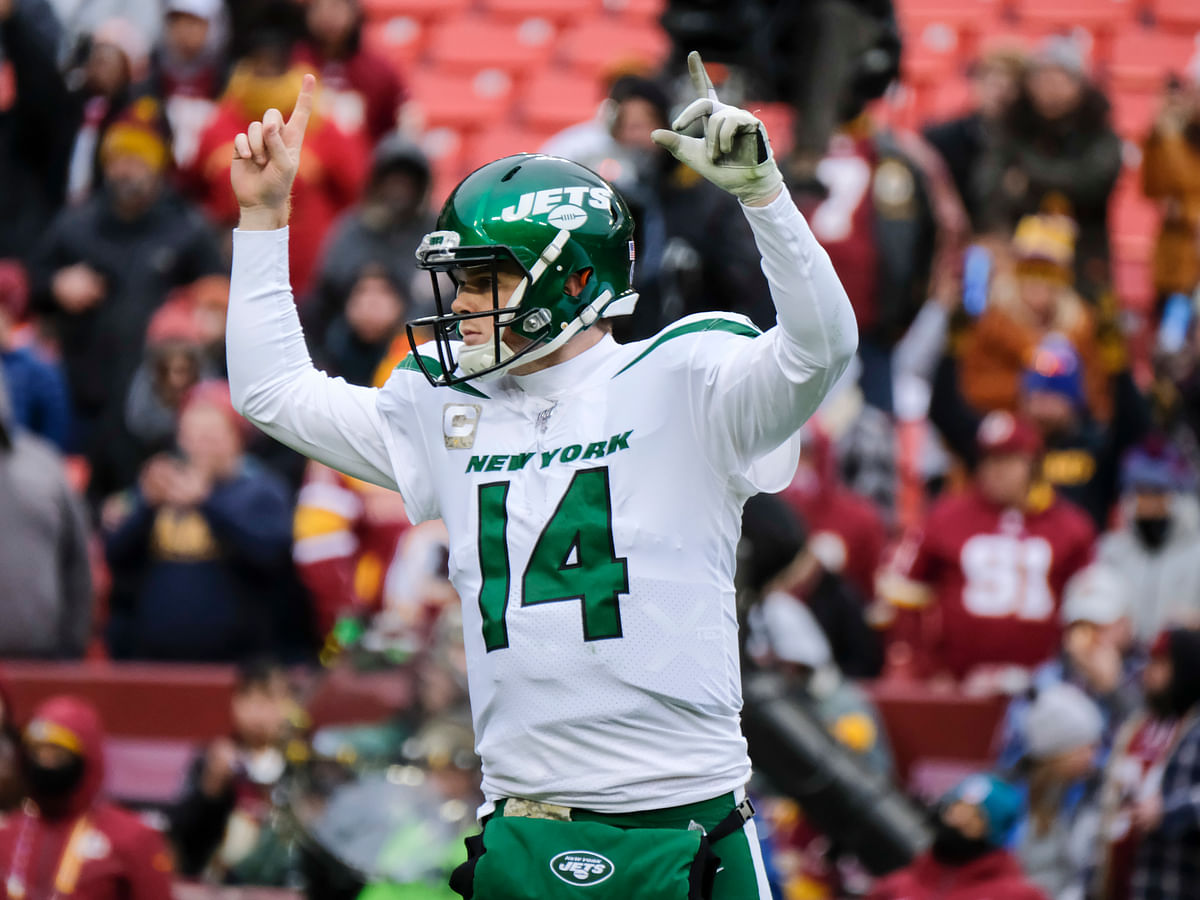 Fantasy Football: Stampfl picks players to add for week 12 —Sam Darnold, Jay Ajayi, Hunter Renfrow, and more